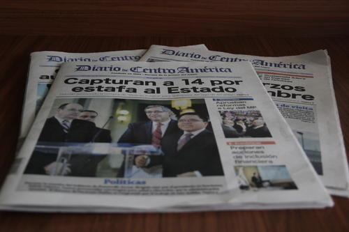 El diario oficial ha reducido la cantidad de páginas, debido a la falta de papel. (Foto: Fredy Hernández/Soy502)