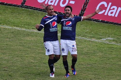El mexicano Carlos Kamiani se encargó de anotar el único gol del juego entre Usac y Suchitepéquez, que se disputó en el estadio Revolución. (Foto: Orlando Chile/Nuestro Diario)