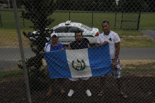 Los guatemaltecos en Charlotte no dudaron en acompañar el entrenamiento de la selección. (Foto: Aldo Martínez/Nuestro Diario)