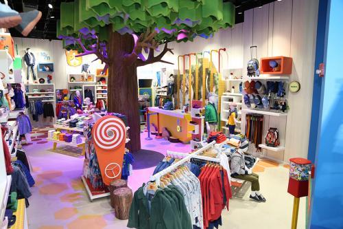 En las tiendas de Arturo Calle hay un espacio interactivo dedicado a niños de 2 a 12 años. (Foto: cortesía Arturo Calle)
