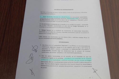 En el considerando 2) del Acuerdo se establece que se procederá a convertir las acciones de preferentes a comunes. (Foto: Soy502)