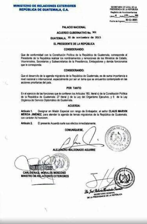 El acuerdo está firmado por el entonces presidente Alejandro Maldonado, el ministro de Relaciones Exteriores, Carlos Raúl Morales y el entonces secretario general de la presidencia. (Foto: Internet)