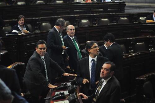 Todas las bancadas del Congreso aprobaron la Ley de Tarjetas de crédito, a excepción de CREO y algunos diputados de PP y Lider. (Foto: Alejandro Balán/Soy502)