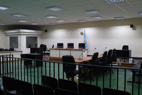 La nueva sala de audiencias esta destinada para albergar audiencias con muchos sindicados. (Foto: Alejandro Balan/Soy502)