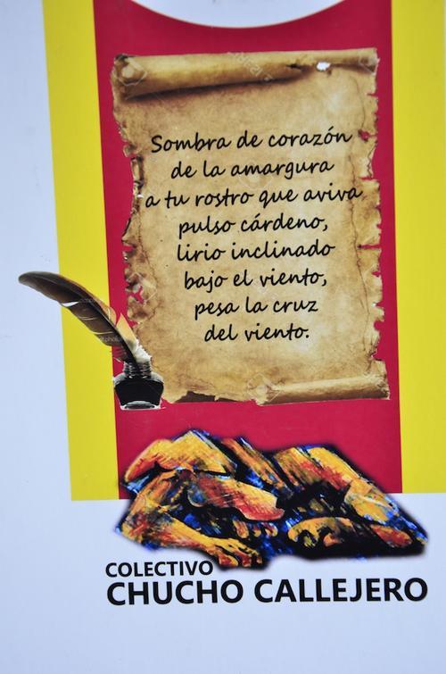 Aprecia como diseñan esta alfombra. (Foto: Selene MejíaSoy502)