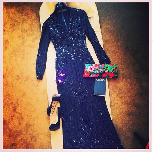 """Alida lució un vestido del diseñador de moda libanés Elie Saab, combinado con un bolso de su propia firma """"María's Bag"""". (Foto: Instagram/Alida Boer)"""