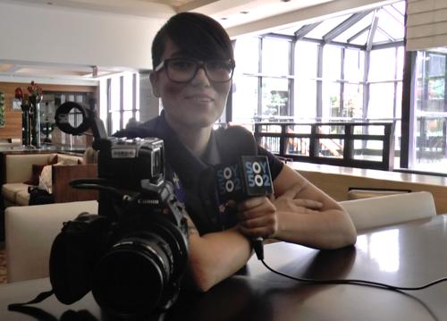 La guatemalteca Annelice González se encuentra en la grabación de la Copa Oro 2015 para Concacaf. (Foto: Soy502)