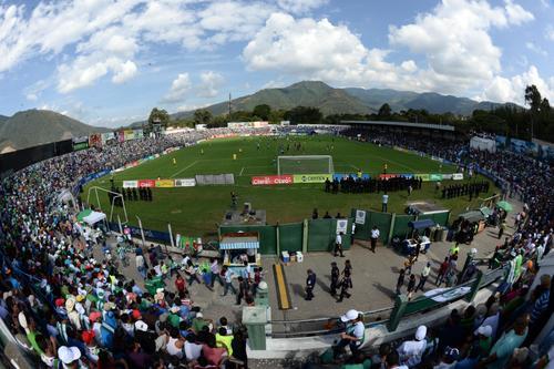 En el estadio Pensativo uno de los dos finalistas dará la vuelta de campeón. (Foto: Archivo Nuestro Diario)
