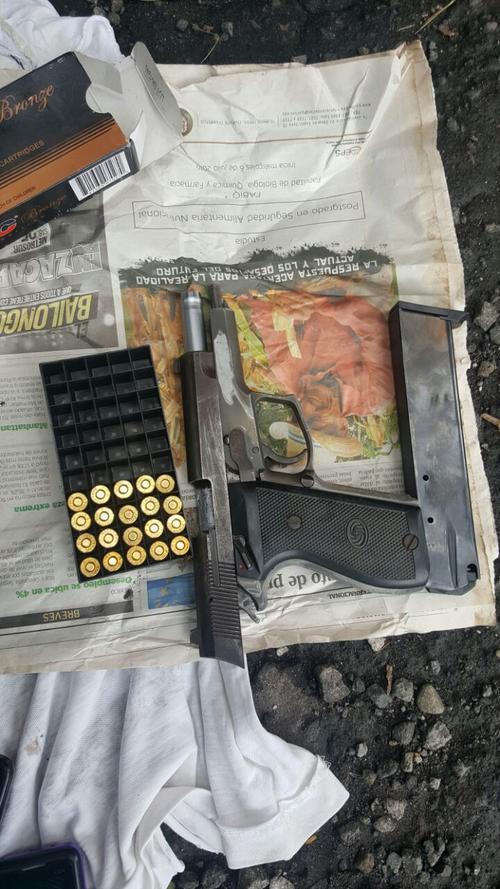 Esta es una de las armas incautadas por la PNC. (Foto: PNC)