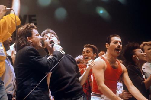 Los artistas más emblemáticos unieron sus voces por Africaen el LIve Aid 1985. (Foto: reddit.com)