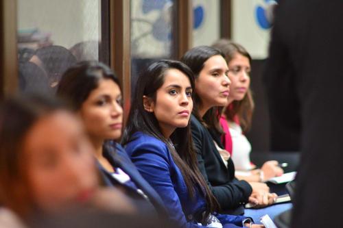 Las nueras de Obdulio Mendoza durante la audiencia de primera declaración. (Foto: Jesús Alfonso/Soy502)