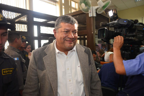Obdulio Mendoza captado durante la audiencia de primera declaración. (Foto: Jesús Alfonso/Soy502)