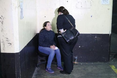 Una de las capturadas por el caso Bantrab es Astrid Ileana Overbeck González de 36 años. (Foto: Alejandro Balán/Soy502)
