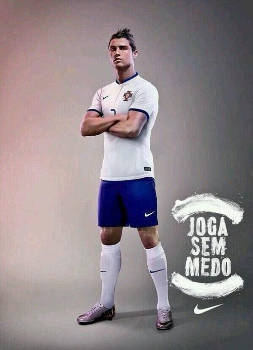 Cristiano Ronaldo lucirá los colores azul y blanco con Portugal en Brasil. (Foto: Twitter @FutbolPortugal)