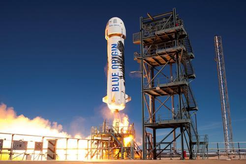 Las cápsulas de New Shepard que llevarán a turistas tienen espacio para seis personas. (Foto: Wired)