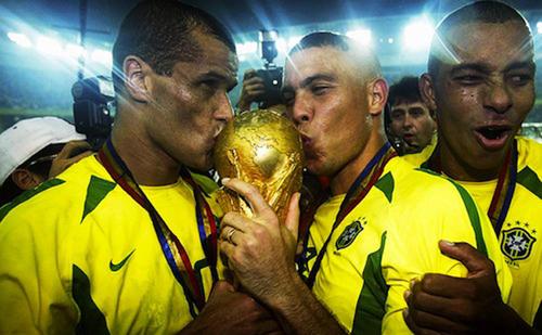 Brasil fue campeón del mundo en 2002 de la mano de Scolari. (Foto: pasionlibertadores.com)