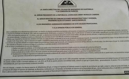 En el anuncio el Colegio de Ingenieros también pide la elaboración de un estudio para la construcción de un nuevo puente. (Foto: Soy502)