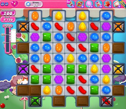 Candy Crush Saga es uno de los juegos más buscados en Facebook y en su versión móvil.