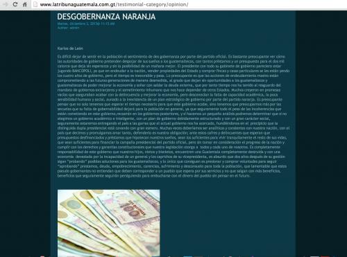 Karlos de León es una de las tres firmas que aparecen en la sección editorial del sitio web del periódico La Tribuna.
