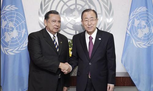 Encuentro entre el vicemandatario y el secretario general. (Foto: Twitter)