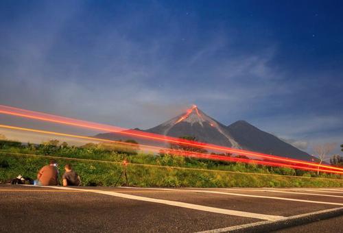 El volcán de fuego es uno de los que tiene mayor actividad volcánica del país. (Foto: Conred)