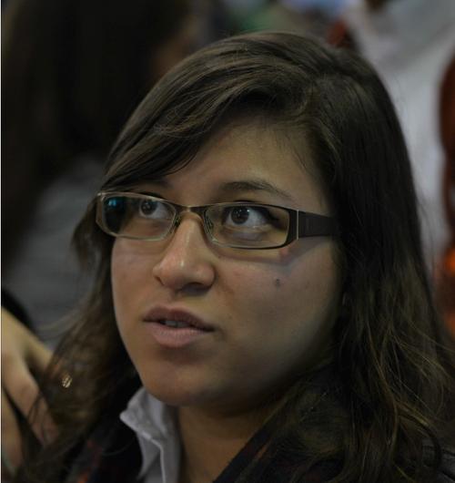 """""""Encontrar un trabajo que lo pueda tener con mis horarios de la universidad y que sea en plazas administrativas o de recursos humanos"""", Nataly Hernández, 19 años, estudiante universitaria."""
