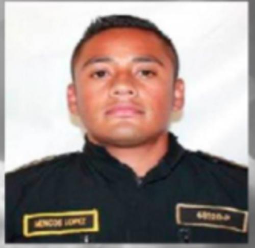 Mencos llevaba 2 años y 3 meses de servicio en el cuerpo de seguridad. (Foto: PNC)