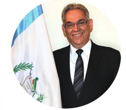 Aguirre llegó a la cartera en octubre para sustituir al exfuncionario y financista de la campaña de Jimmy Morales, Aldo Fabrizio Pagurut, por una baja ejecución presupuestaria. (Foto: Mides)