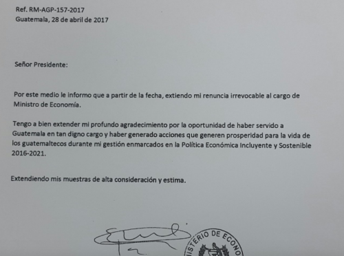 Con esta carta presentó su renuncia el exministro.