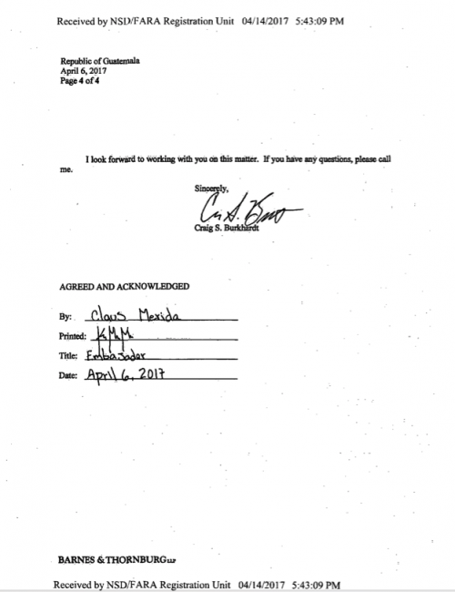 Firma del documento por Claus Marvin Mérida. (Foto: Registro de Agentes Extranjeros)