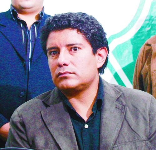 Carlos Barreda, diputado de la UNE, es otro de los creadores de la reforma, diseñada desde la administración anterior. (Foto: Nuestro Diario).