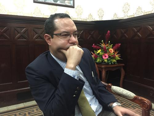 El exministro de Trabajo, Carlos Ulbán, será el sucesor de Daniela Beltranena en el Congreso. (Foto: Alexis Batres/Soy502)