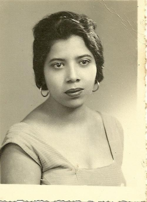 Doña Carmelina Cámbara, en un retrato familiar. (Foto: Cortesía Julia Maldonado)