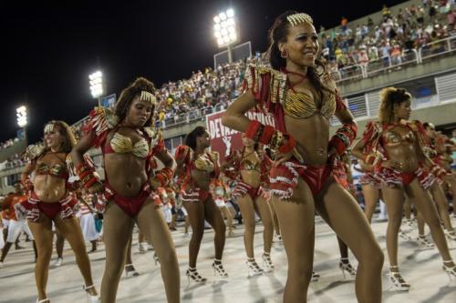 Las escuelas de samba realizan ensayos previo al desfile. Foto: AFP/Soy502