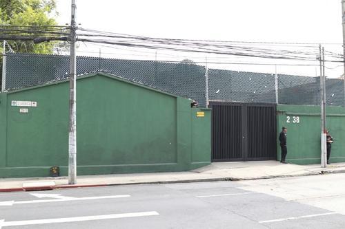Esta vivienda ubicada en la zona 10, era el centro de campaña de Alejandro Sinibaldi durante su breve candidatura para el Partido Patriota. (Foto: Alejandro Balán/Soy502)