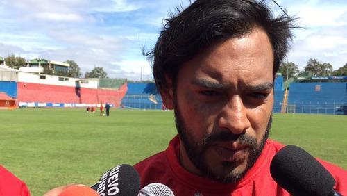 Se rumora que el próximo jueves en conferencia de prensa Carlos Ruiz anunciaría su retiro de Selección. (Foto: Soy502)