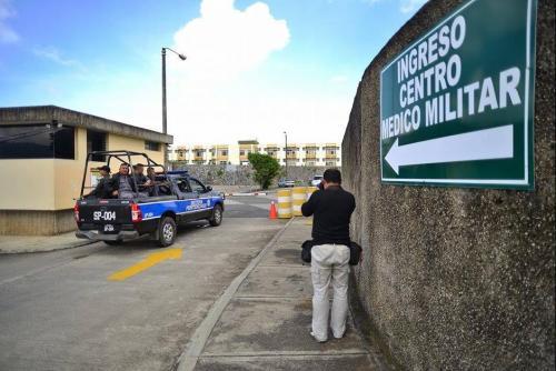 La funcionaria lleva catorce días internada en el Centro Médico Militar. (Foto Archivo/Soy502)