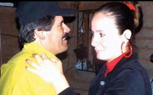 El Chapo junto a Alejandrina Hernández, su primer esposa. (Foto: laprensa.hn)