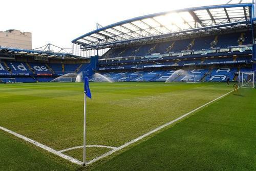 El Chelsea de Mourinho buscará sellar el pase a octavos de final de la Liga de Campeones en su estadio Stamford Bridge. (Foto: Mirror.co.uk)