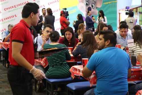 Las nuevas instalaciones cuentan con una amplia área para eventos. (Foto: Alejandro Balán/Soy502)