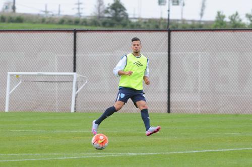 El jugador guatemalteco Stefano Cincotta salió con una molestia del último entreno previo a Trinidad y Tobago.  (Foto: AldoMartínez/NuestroDiario)