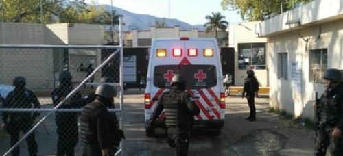 La Cruz Roja se hizo presente para atender la emergencia. (Foto: El Mañana)