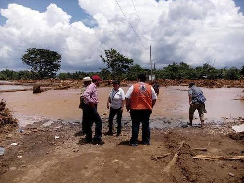 Las lluvias registradas en el Caribe guatemalteco generaron inundaciones en El Estor y Livingston, Izabal. (Foto Conred)