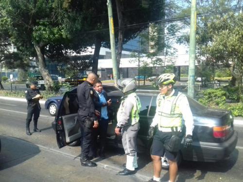 El procedimiento quedó a cargo de la PNC, sin embargo el conductor habría sido dejado en libertad. (Foto: Amílcar Montejo)