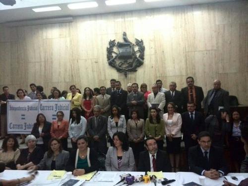 Hace un año, en octubre de 2014, un grupo de jueces denunció graves anomalías en el proceso de elección de magistrados de la CSJ y Apelaciones y pidió que se respetara la independencia judicial.