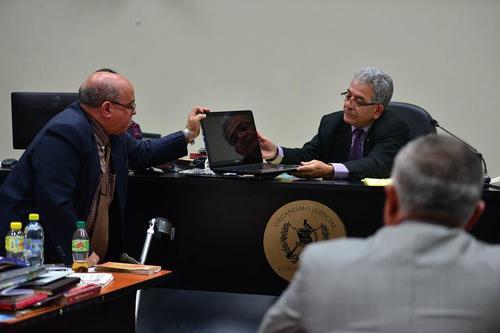Esta sería la segunda vez que el abogado argumenta problemas de salud en audiencia. (Foto: Wilder López/Soy502)