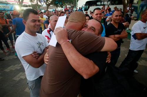 Los primeros migrantes cubanos llegaron el pasado 15 de enero a Estados Unidos. (Foto El Nuevo Herald)