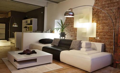 Los diseñadores recomiendan que incluso la habitación más pequeña tenga una gran pieza de mueble, como un gran armario o gabinete. Una mezcla de muebles grandes y pequeños es clave para un diseño exitoso. (Foto: imujer.com)