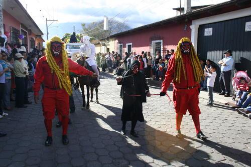 Así lucen los diablos de Ciudad Vieja. Foto Google