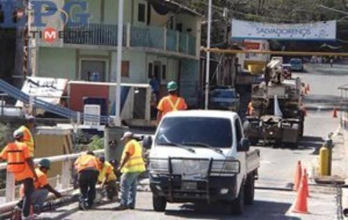 El Ministerio de Comunicaciones de Guatemala está a cargo de la reparación. (Foto:La Prensa Gráfica)